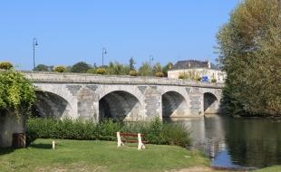 Le pont sur le Loir