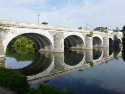 Pont_sur_le_Loir